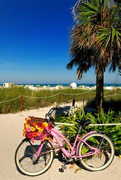 Explore South Beach de bicicleta e confira todas as atrações no seu ritmo!