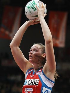 NSW Swifts and Australian Diamonds goal attack/goal shooter. Sydney Fc, Netball, New South, Swans, Manchester United, Diamonds, Sports, Hs Sports, Basketball