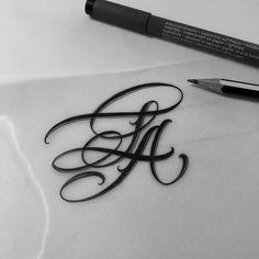 No automatic alt text available. Tattoo Lettering Fonts, Graffiti Lettering, Lettering Design, Black Tattoos, Body Art Tattoos, Sleeve Tattoos, Letras Tattoo, La Tattoo, Dibujos Tattoo