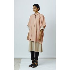 Lovebirds Oversized Shirt (£185) ❤ liked on Polyvore featuring tops, t-shirts, light peach, peach shirt, t shirt, cotton tees, tee-shirt and oversized shirt