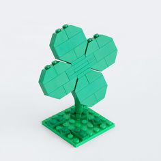 Lego my 4 leaf clover. Lego Gifts, Lego Boards, Lego Club, Lego Builder, Four Leaves, Lego Design, Lego Projects, St Paddys Day, Christmas
