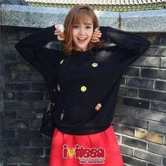 """Mách nhỏ những cách phối trang phục mùa lạnh đầy mê hoặc như Minh Hằng - http://www.iviteen.com/mach-nho-nhung-cach-phoi-trang-phuc-mua-lanh-day-me-hoac-nhu-minh-hang/ Cô nàng ca sĩ – diễn viên xinh đẹp, tài năng thu hút ánh nhìn của người đối diện với những bộ cánh thanh lịch, trẻ trung.      google_ad_client = """"ca-pub-6485864998951507"""";     google_ad_slot = """"97290"""