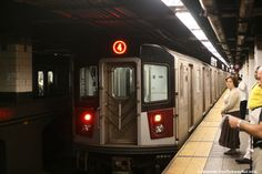 MTA 4 train New York Subway, Nyc Subway, Rapid Transit, Concrete Jungle, Public Transport, New York City, Trains, Brooklyn, Transportation