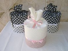 que cola posso usar para colar tecido em lata? - Pesquisa Google Tin Can Crafts, Ideas Para Fiestas, Gift Packaging, Mason Jars, Projects To Try, Baby Shower, Canning, Party, Gifts