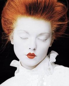 White Makeup, White face and red, small lips