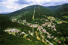 http://www.janske-lazne.cz/cs/ Pohled na Janské Lázně a Černou horu z ptačí perspektivy