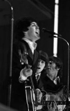 The Beatles Live, Kinds Of Dance, Group Pictures, Yellow Submarine, Like Animals, George Harrison, Hippie Style, See Picture, Good Music
