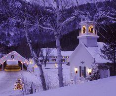 CHRISTMAS EVE - Country Christmas, Stark, New Hampshire