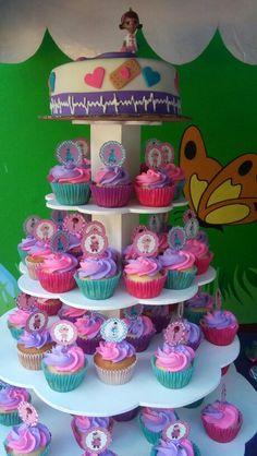Cupcakes Dra. Juguetes
