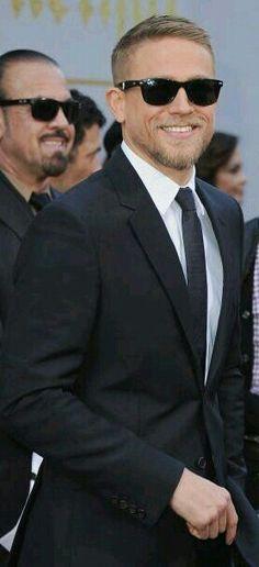 Charlie Hunnam Soa, Turkish Beauty, Famous Men, Most Beautiful Man, Gentleman Style, Good Looking Men, Perfect Man, Haircuts For Men, Bearded Men