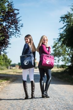 The Bags from Uniqhorse are made especially for equestrians. We offer a wide range of bags from the Everyday bag till a tournament Case. We also offer Helmet and Boot Bags as well as Backpacks. Equestrian Girls, Equestrian Boots, Equestrian Outfits, Equestrian Style, Horse Riding, Riding Boots, Horse Girl, Jodhpur, Everyday Bag