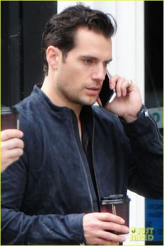 Henry Cavill Meets Wears Superman Suit to Meet Child for Make-a-Wish | henry cavill grabs coffee london 01 - Photo
