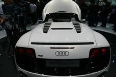 audi r8 spyder - a view other drivers see often!