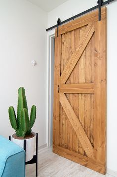 DIY schuifdeur (hoe maak je een schuifdeur voor minder dan 50 euro!)