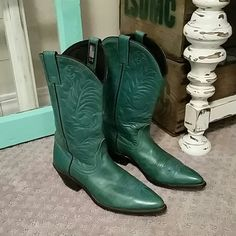 Green Vintage Boots Acme Made in the USA LOVE this color!!! Vintage Shoes