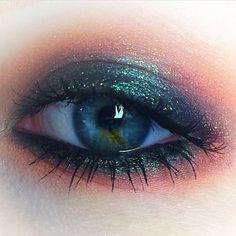 "4,683 mentions J'aime, 25 commentaires - Model Malay (@modelmalay) sur Instagram : "" : @niamhoneillartist #mua #makeup #makeupaddict #makeuplover #makeupartist #cosmetics #mountains…"""
