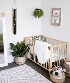 baby boy nursery room ideas 672514156835291108 - 48 kreative Baby Kinderzimmer Dekor Ideen Source by livewithlessde Baby Nursery Decor, Nursery Design, Babies Nursery, Boho Nursery, Nursery Room Ideas, Unisex Nursery Ideas, Baby Ideas For Nursery, Baby Room Ideas For Boys, Calming Nursery
