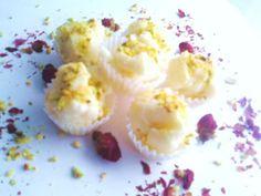 White Rosewater Pistachio Chocolates | Petitchef