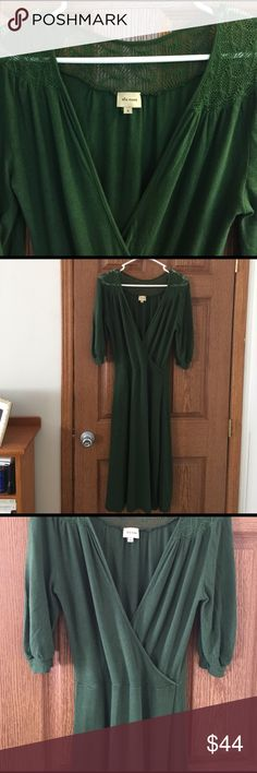 """Gorgeous Ella Moss dress 😍 Beautiful detailing; 3/4 sleeves, size small, true to size. 17"""" bust, 13.5 W, 42"""" length. Lots of stretch. Ella Moss Dresses Midi"""