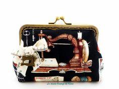 Monedero con boquilla   -Entre costuras- de La Tienda Vintage de Kima por DaWanda.com