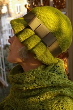 Caoline hat pattern by Hannah Ingalls. Published in Popknits, Issue #104: Summer 2009. Posted on Ravelry, available for free download.
