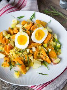 großartig, auch mit Rosmarin. Bloß die Kartoffeln nicht zu zeitig aufsetzen, die Möhren brauchen länger: Möhren-Senf-Ragout / Kochfrosch