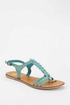++ braided t strap sandal