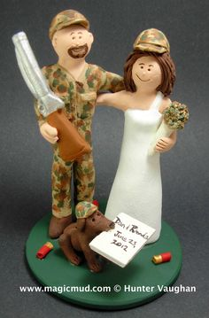 Bride+with+Camoflage+Bouquet+Wedding+Cake+Topper.JPG 1,049×1,600 pixels
