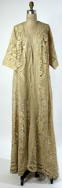 Negligée (image 1) | French | 1909-1910 | silk, wool | Metropolitan Museum of Art | Accession Number: C.I.50.1.8
