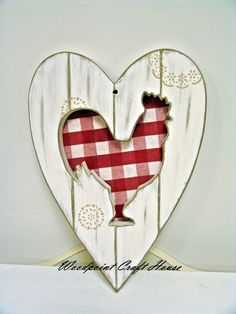 New craft painting ideas wooden signs kitchens ideas New Crafts, Crafts To Make, Wood Crafts, Chicken Crafts, Chicken Art, Rooster Decor, Wooden Cutouts, Chickens And Roosters, Craft Show Ideas