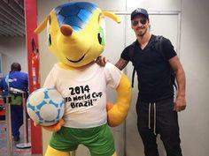 J'ai lu l'article Coupe du monde 2014 : Zlatan Ibrahimovic soutient les Bleus ! (Vidéos) sur http://www.closermag.fr/people/people-anglo-saxons/coupe-du-monde-2014-zlatan-ibrahimovic-soutient-les-bleus-!-videos-344928