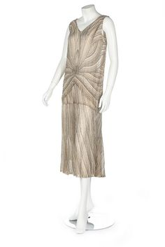 Flapper Dress (image 2) | 1929 | silk chiffon, seed beads | Kerry Taylor Auctions | February 27, 2017