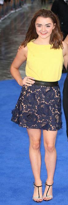 Nice legs, Maisie Williams!!