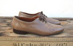 Vintage Mushroom Beige Grey  Leather Lace Up Oxford by Trustfund21,