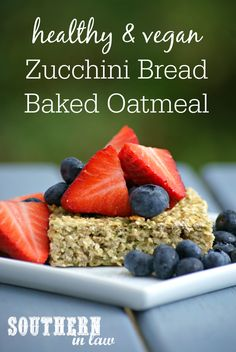 This Vegan Zucchini Bread Baked Oatmeal Recipe combines oatmeal with zucchini… Vegan Baked Oatmeal, Healthy Oatmeal Recipes, Oatmeal Bread, Baked Oats, Healthy Breakfasts, Healthy Cooking, Healthy Eats, Vegan Zucchini, Zucchini Bread