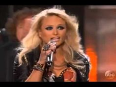 Carrie Underwood & Miranda Lambert - Something Bad Kinds Of Music, Music Love, My Music, Country Videos, Country Songs, Music Songs, Music Videos, Country Western Singers, Carrie Underwood Photos