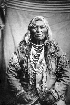 Cayuse chief named Wa-Tis-Te-Me-Ne, Oregon, ca. 1900.