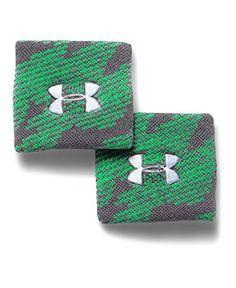 Under Armour Boys' UA Jacquarded Wristbands *** Additional details @