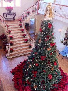 Christmas at Oak Crest Mansion Inn, Pass Christian, MS