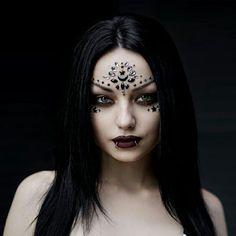 Hot Goth Girls, Gothic Girls, Goth Beauty, Dark Beauty, Witch Fashion, Gothic Fashion, Kina Shen, Darya Goncharova, Gothic Beauty
