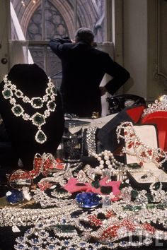 HARRY WINSTON OWNED BY ELIZABETH TAYLOR - Google Search