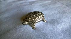 Vintage Aufbewahrung - Pillendose Schildkröte versilbert Pillenbox - ein Designerstück von Grossmutters_Lieblinge bei DaWanda