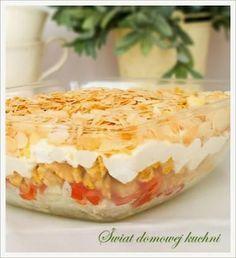 Zdjęcie: Sałatka warstwowa z kurczakiem i serem feta Camembert Cheese, Mashed Potatoes, Feta, Salads, Food And Drink, Pudding, Cooking, Ethnic Recipes, Desserts