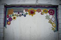 Yarn bombing, Greenwich by pixelhut, via Flickr