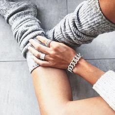 """• F R I D A Y ~ F E E L S • shop our """"CHAIN HEAVY"""" bracelet @ Yakamozz.com  #ykmzz #silver #bracelet #accessories #cozy #inspiration #inspo #potd #botd #fromwhereistand #wiwt #whatiworetoday #girl #style #chic"""