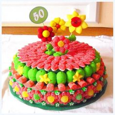 ELS BUNYOLS DE LA IAIA: DULCE TARTA DE FLORES DE PRIMAVERA Candy Pop, Candy Party, Bar A Bonbon, Sweet Trees, Birthday Candy, Candy Cakes, Chocolate Bouquet, Chocolate Covered Pretzels, Best Candy