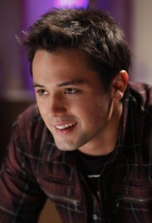 I love me a little Stephen Colletti to get my inner 16 year old self backk!! lol