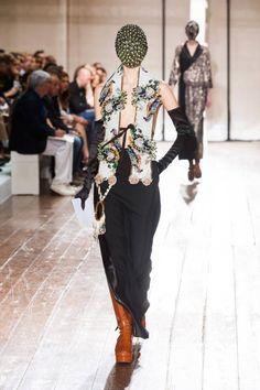 Maison Martin Margiela haute couture Fall 2013: masks and fashion madness