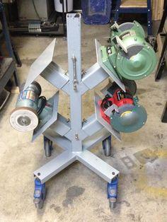 Clever idea for storing bench grinders. More mehr geniale Sachen findest du auf Interessante-Dinge.de