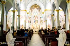 © Favorite Photography | Immaculate Conception Church: Downtown Jacksonville. Wedding Location.